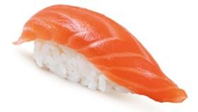 Суши с копченым лососем - Фото