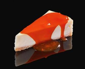 Чизкейк с клубничным соусом - Фото