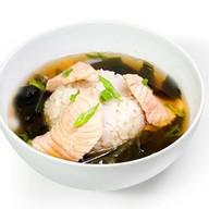 Суп с лососем императоский Фото