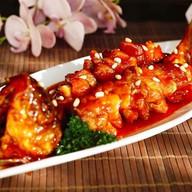 Рыба фри кисло-сладком соусе Фото