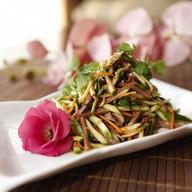 Салат из языка с огурцом Фото
