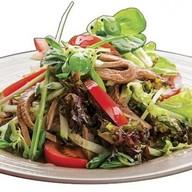 Салат с языком и овощами Фото