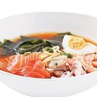 Рамен с морепродуктами Фото