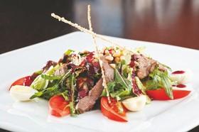 Салат с олениной - Фото