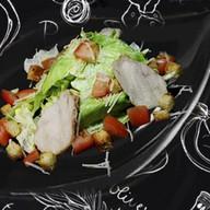 Цезарь салат с наггетсами Фото