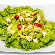 Жареный салат с сельдереем Фото