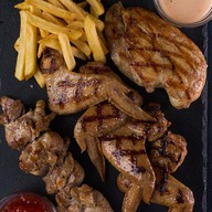 Mix grill chicken Фото