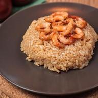 Паровой рис с креветками Фото