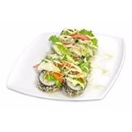 Теплый салат ролл Цезарь Фото