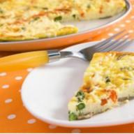 Омлет с сыром и овощами Фото