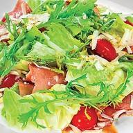 Салат с козьим сыром и балыком Фото