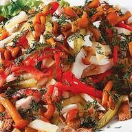 Салат с опятами маринованными Фото