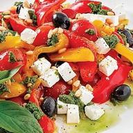 Салат с запеченым болгарским перц Фото