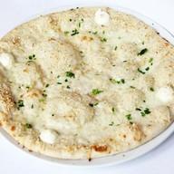 Пицца со сливочным сыром ланч Фото