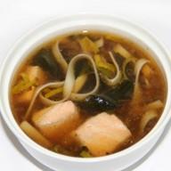 Суп удон с семгой Фото