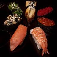 Сет для любителей суши Фото
