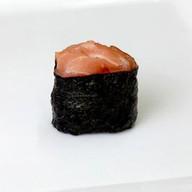 Сяке гункан с лососем Фото