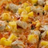 Пицца с баварскими колбасками Фото