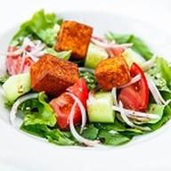 Салат с пастрами из адыгейского сыра Фото