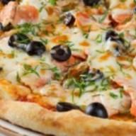 Пицца 4 рыбы Фото