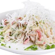 Салат с кальмаром Фото