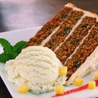 Слоеный морковный пирог Фото
