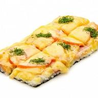 Суши-пицца с беконом Фото