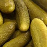 Огурцы соленые зеленые Фото