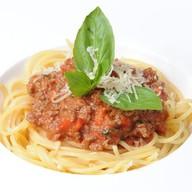 Спагетти болоньеза с мясным рагу Фото