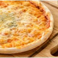 "Пицца ""Четыре сыра"" Фото"