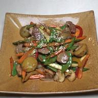 Свинина ВОК с овощным гарниром Фото