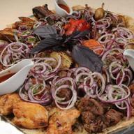 Большое блюдо с мангала Фото
