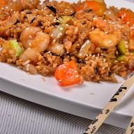 Дикий рис с креветками Фото