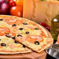 Пицца с креветками Фото