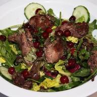 Салат с печенью цыпленка Фото