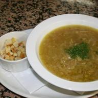Луковый суп с гренками Фото