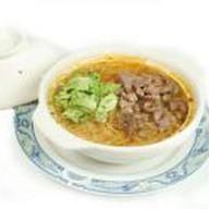 Острый суп с говядиной и фунчозой Фото