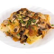 Картофель с грибам Фото