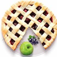 Песочный пирог с яблоком и смородиной Фото