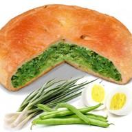 Пирог с фасолью, яйцом и зелёным луком Фото