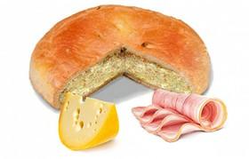 Пирог с сыром и беконом - Фото