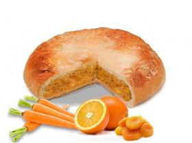 Пирог с апельсином, курагой и морковью - Фото