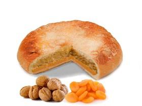 Пирог с орехом и курагой - Фото