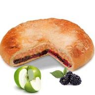 Пирог с яблоком и ежевикой Фото