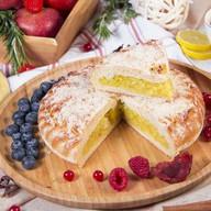 Пирог с лимоном и яблоком Фото