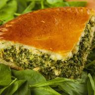 Пирог с лососем и шпинатом Фото