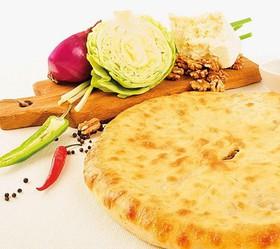 Пирог с мясом и тушеной капустой - Фото