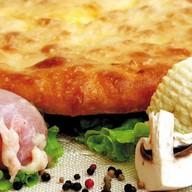 Пирог с мясом, сыром и грибами Фото
