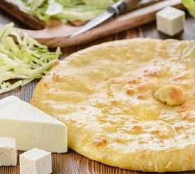 Пирог с сыром, курицей и капустой - Фото