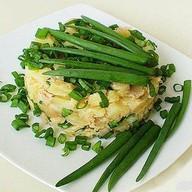 С картошкой и зеленым луком Фото